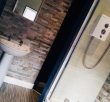 4 Wildman Bathroom 2